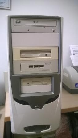 Computer Pentium 4  cpu 3.00 ghz Informatica