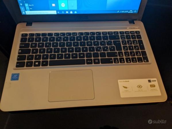 Laptop Asus F540N Informatica