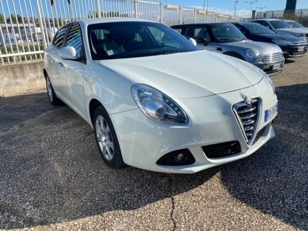 Alfa Romeo Giulia Auto