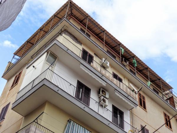 Palermo centro ,Attico con terrazzo Appartamenti