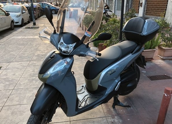 Honda sh 300 air force Moto e Scooter