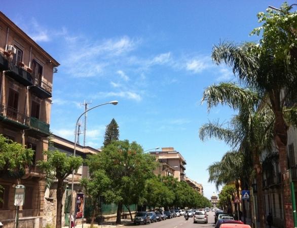 7 VANI di 205 Mq ZONA CALATAFIMI BASSA/ VIA CUBA Appartamenti